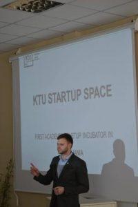 Studentų konferencijoje pristatytos technologijų ir verslo aktualijos