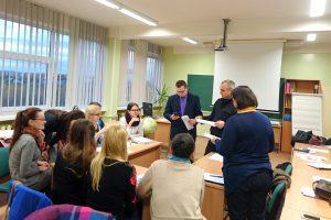 KTU PTVF studentai paskaitų metu mokėsi tarpkultūrinių bendravimo subtilybių