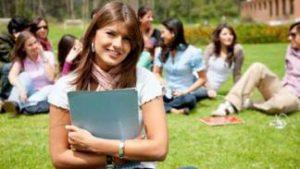 Įspūdingas universitetas kviečia studijuoti vasarą ir parsivežti kreditus!