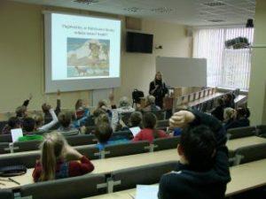 Vaikų universiteto moksleiviai buvo raginami nepamiršti ir savo pareigų