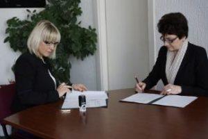 Pasirašyta bendradarbiavimo sutartis su Panevėžio G. Petkevičaitės – Bitės biblioteka