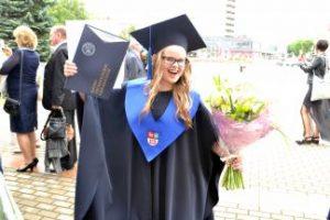 Įteikti diplomai KTU Panevėžio fakulteto absolventams